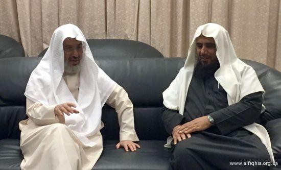 زيارة أعضاء مجلس إدارة جمعية أيامى للجميعة